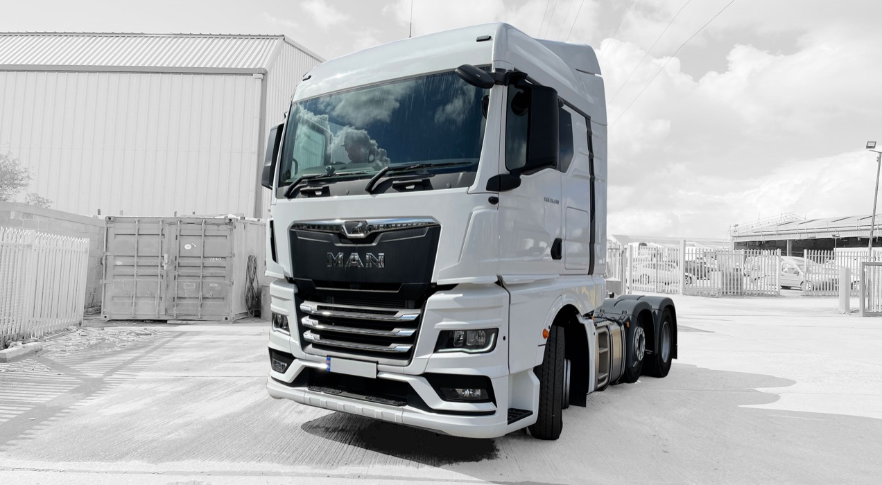 Tractor Unit Hire
